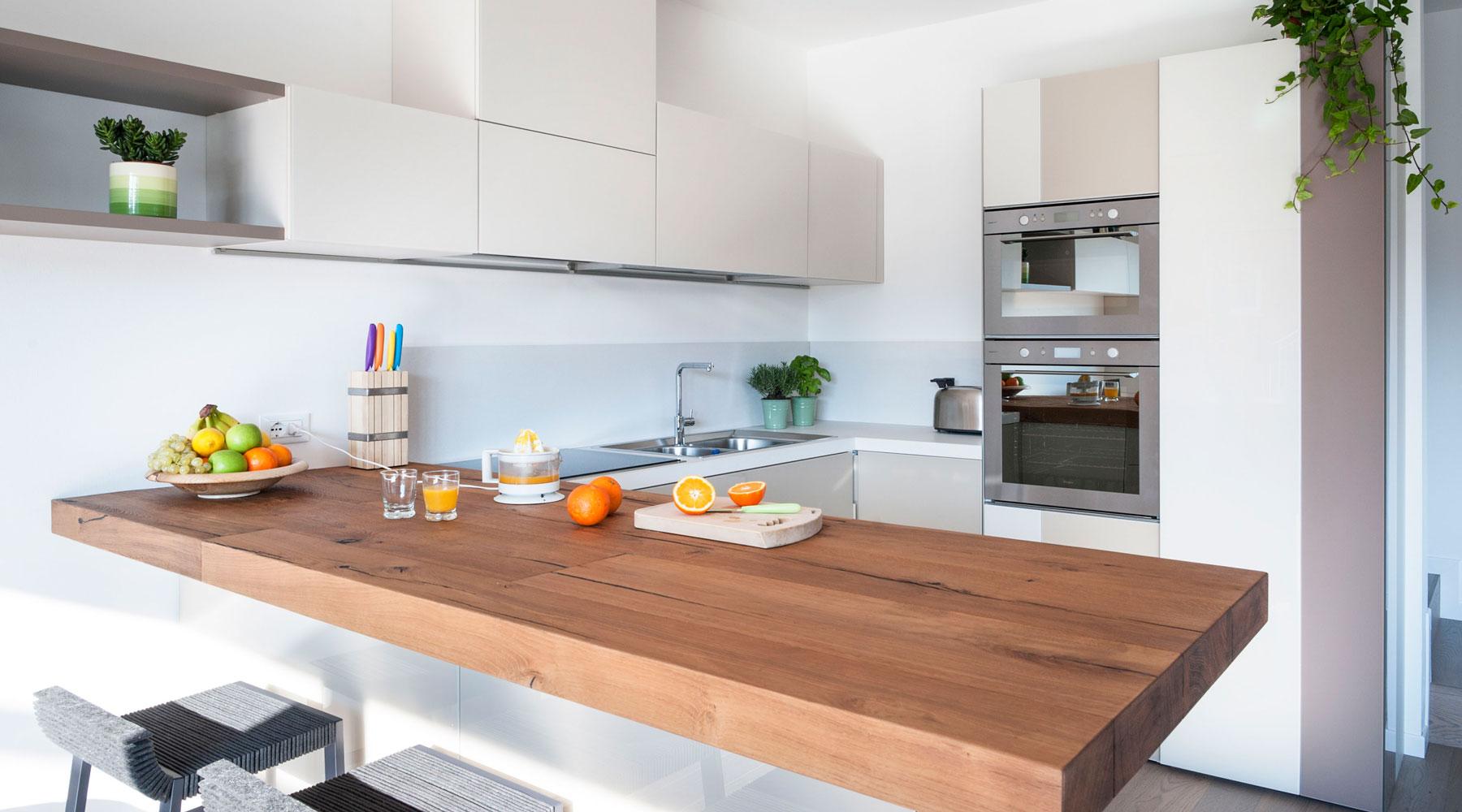 Plebani arredamenti cucine camere camerette poltrone for Arredamenti jesi